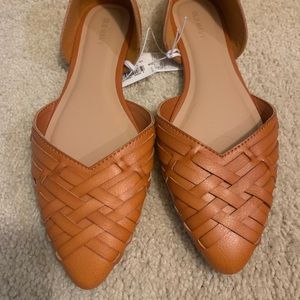 Old Navy Shoes - NWT Braided Faux-Leather D'orsay Flat